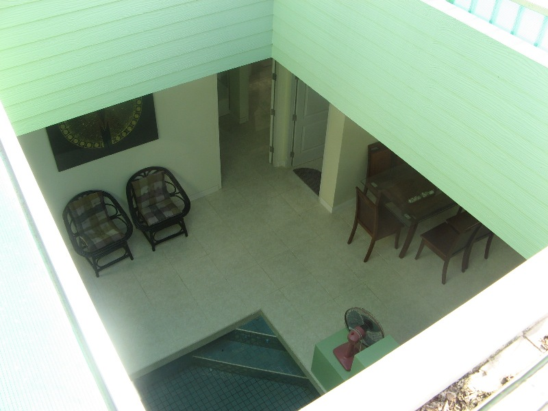 Bankrut Villa