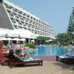 Swimming pool Methavalai Hotel Cha-am (20)