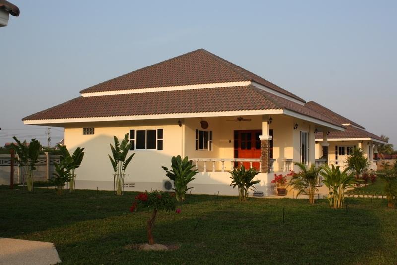 Huis laten bouwen in leo garden hua hin veilig tropisch for Woning laten bouwen