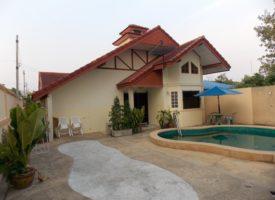 Zwembad villa Cha-am -vriendelijke prijs