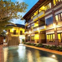 Stay comfy at Khao Lak Hotel Motive Cottage