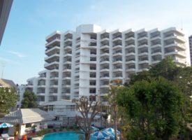 Cha-am Condominium offer basic 2 bedroom apt