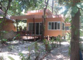 Stay at Payam strand resort