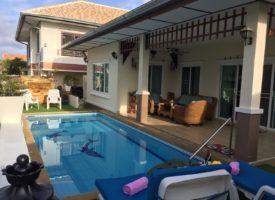 Hua hin Natural Hill villa met zwembad