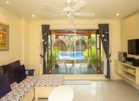 Prettig Poolview Mykonos appartement te huur