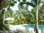 zwembad van het Resort.JPG