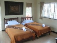 9 slaapkamer 2.JPG