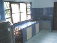 keuken Vakantiehuis met tuin in Cha-am.JPG