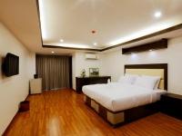 Initial Room 2.jpg