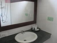 White sand Krabi Hotel (54).JPG