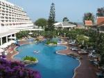 Copy of Swimming pool Methavalai Hotel Cha-am (6).JPG