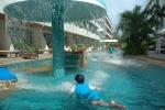 Swimming pool Methavalai Hotel Cha-am (9).JPG