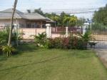Vakantiehuis met tuin in Cha-am tuin.JPG