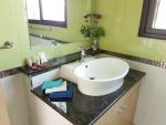VILLA 1 bathroom-02.jpg
