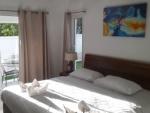 bedroom pool villa samroiyot (2a).jpg