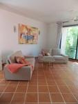 huur appartement takiab beach living room (1).JPG