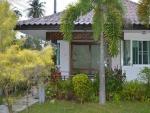 huisje met keuken in Suan Bankrut Beach Resort (1).jpg