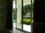 Chelona pool view