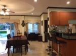 woonkamer HH pool villa